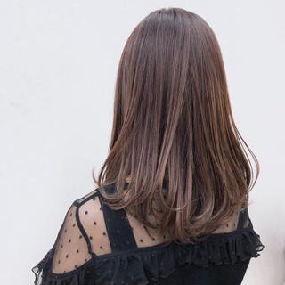 セミロング 艶髪 レッド ピンク ヘアスタイルや髪型の写真・画像