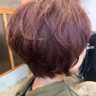 フェミニン ピンクブラウン ミニボブ ピンク ヘアスタイルや髪型の写真・画像