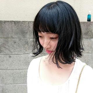 ブルーブラック 黒髪 外ハネ ストリート ヘアスタイルや髪型の写真・画像
