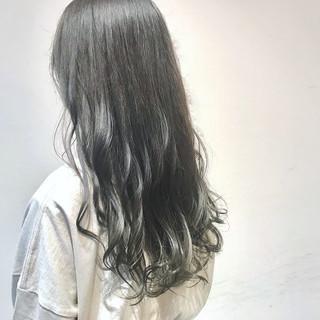 アンニュイほつれヘア ロング オリーブカラー オリーブアッシュ ヘアスタイルや髪型の写真・画像 ヘアスタイルや髪型の写真・画像