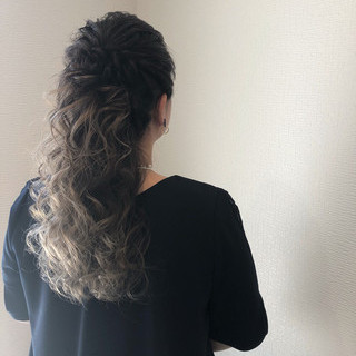 ヘアアレンジ ハーフアップ 結婚式 ねじり ヘアスタイルや髪型の写真・画像