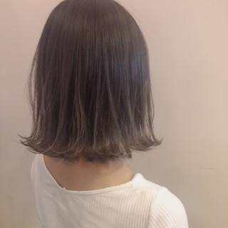 アッシュベージュ ホワイト ナチュラル ミルクティーベージュ ヘアスタイルや髪型の写真・画像 ヘアスタイルや髪型の写真・画像