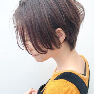 ハンサムショート オフィス 大人かわいい コンサバ ヘアスタイルや髪型の写真・画像 ヘアスタイルや髪型の写真・画像