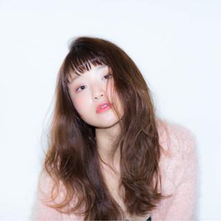 大人女子 小顔 ロング ガーリー ヘアスタイルや髪型の写真・画像