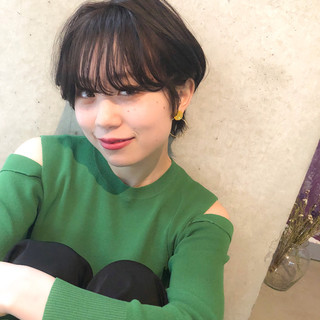 アンニュイほつれヘア ゆるふわ ナチュラル 黒髪 ヘアスタイルや髪型の写真・画像