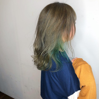 アンニュイほつれヘア ヘアアレンジ ミディアム 外国人風 ヘアスタイルや髪型の写真・画像