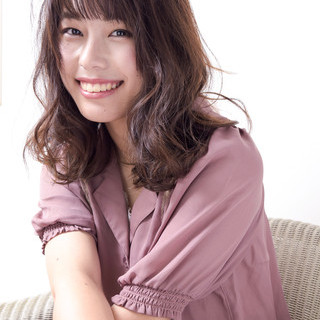 ガーリー ひし形シルエット 透明感カラー 大人かわいい ヘアスタイルや髪型の写真・画像