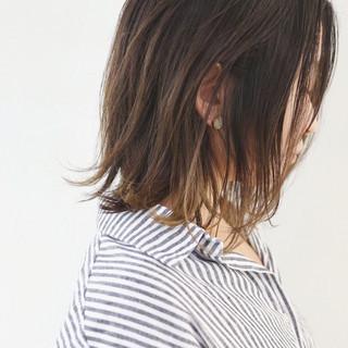 ミディアム 外国人風カラー インナーカラー グラデーションカラー ヘアスタイルや髪型の写真・画像