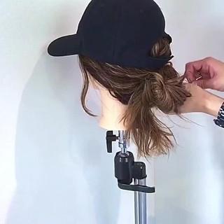 フェミニン キャップ ヘアアレンジ お団子 ヘアスタイルや髪型の写真・画像