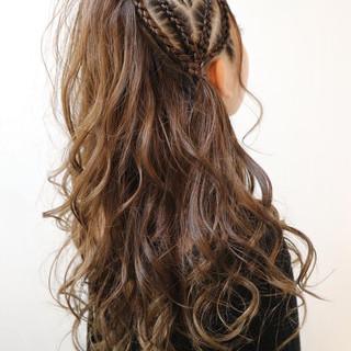 コーンロウ ヘアアレンジ 暗髪 結婚式 ヘアスタイルや髪型の写真・画像