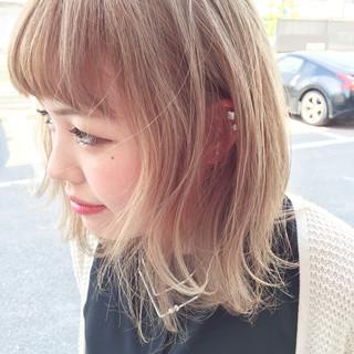 金髪 ストリート 外国人風 ヘアアレンジ ヘアスタイルや髪型の写真・画像 ヘアスタイルや髪型の写真・画像