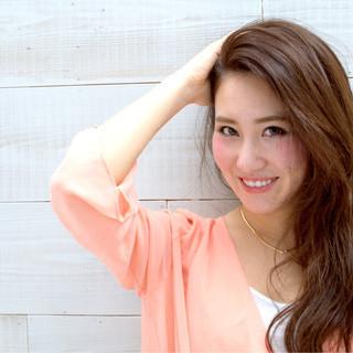 ロング 前髪あり 大人かわいい 外国人風 ヘアスタイルや髪型の写真・画像