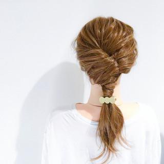 セミロング デート ヘアアレンジ エレガント ヘアスタイルや髪型の写真・画像