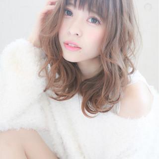 大人かわいい 透明感 フェミニン ミディアム ヘアスタイルや髪型の写真・画像