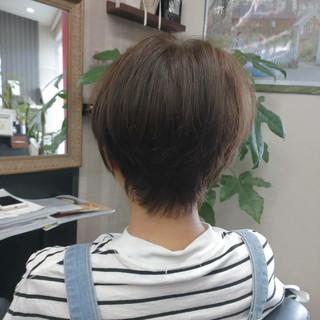 グレージュ ナチュラル ショート ショートヘア ヘアスタイルや髪型の写真・画像