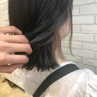 グレージュ デート アディクシーカラー ナチュラル ヘアスタイルや髪型の写真・画像