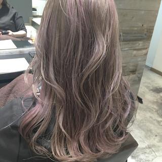 ハイライト ロング ストリート ハイトーン ヘアスタイルや髪型の写真・画像