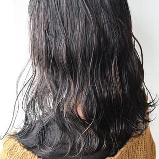 セミロング 大人女子 ハイライト 大人かわいい ヘアスタイルや髪型の写真・画像