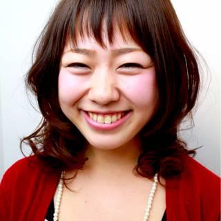 丸顔 卵型 ナチュラル ガーリー ヘアスタイルや髪型の写真・画像 ヘアスタイルや髪型の写真・画像