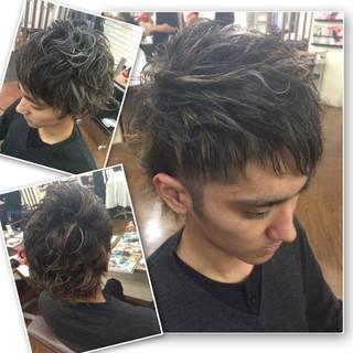 黒髪 ストリート パーマ ボーイッシュ ヘアスタイルや髪型の写真・画像