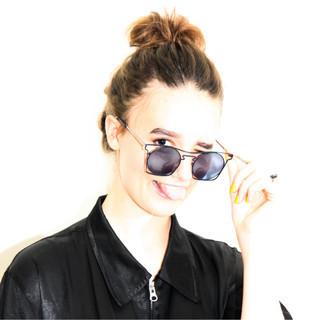 ヘアアレンジ ナチュラル アウトドア ハイトーン ヘアスタイルや髪型の写真・画像