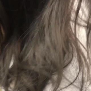 インナーカラー ナチュラル 暗髪 セミロング ヘアスタイルや髪型の写真・画像