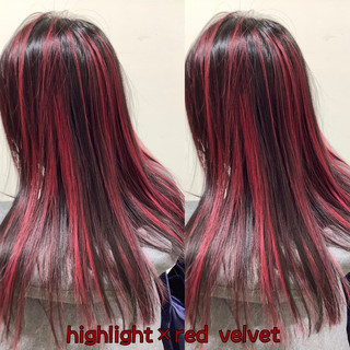 デザインカラー セミロング レッド ハイライト ヘアスタイルや髪型の写真・画像
