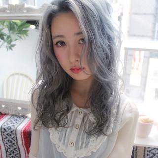 外国人風 フェミニン セミロング ガーリー ヘアスタイルや髪型の写真・画像