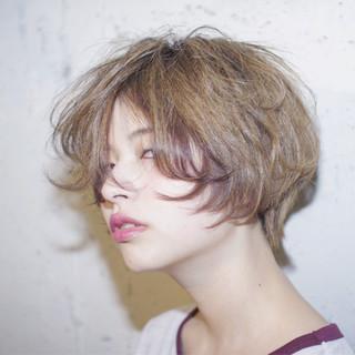 ハイライト ストリート ハイトーン アッシュ ヘアスタイルや髪型の写真・画像 ヘアスタイルや髪型の写真・画像