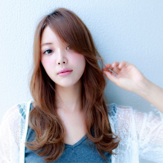 フェミニン ロング 色気 かわいい ヘアスタイルや髪型の写真・画像