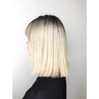金髪 モード 切りっぱなし ホワイト ヘアスタイルや髪型の写真・画像