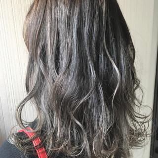 渋谷系 大人かわいい 抜け感 アウトドア ヘアスタイルや髪型の写真・画像