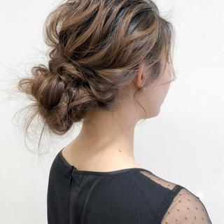 シニヨン 韓国風ヘアー 簡単ヘアアレンジ 結婚式 ヘアスタイルや髪型の写真・画像