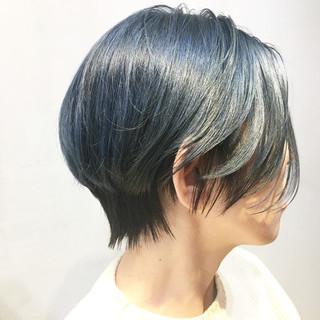 ショートヘア アッシュグレージュ ハンサムショート ミントアッシュ ヘアスタイルや髪型の写真・画像
