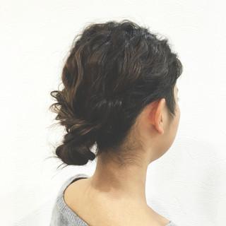 シニヨン ボブ 簡単ヘアアレンジ ロープ編み ヘアスタイルや髪型の写真・画像