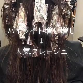 大人かわいい 外国人風 セミロング ハイライト ヘアスタイルや髪型の写真・画像