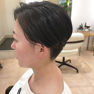 刈り上げ女子 ショート ベリーショート ナチュラル ヘアスタイルや髪型の写真・画像