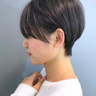 ショート 簡単スタイリング ナチュラル 黒髪 ヘアスタイルや髪型の写真・画像