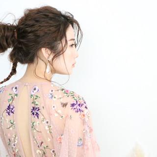 ヘアセット セミロング 結婚式ヘアアレンジ 紐アレンジ ヘアスタイルや髪型の写真・画像