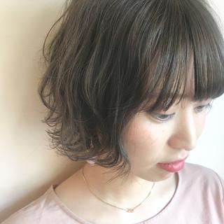 ナチュラル ショート グレージュ 秋 ヘアスタイルや髪型の写真・画像