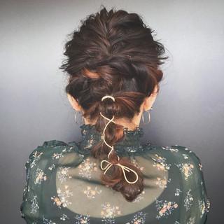 セミロング フェミニン ローポニーテール ヘアアレンジ ヘアスタイルや髪型の写真・画像