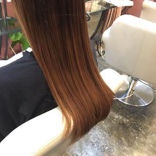 ストレート ナチュラル イルミナカラー 縮毛矯正 ヘアスタイルや髪型の写真・画像