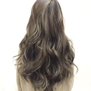 ガーリー グラデーションカラー 外国人風 ロング ヘアスタイルや髪型の写真・画像