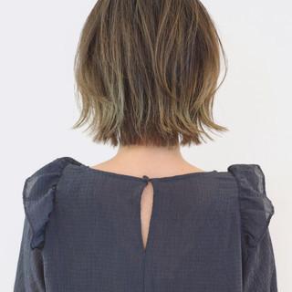 モード グラデーションカラー ハイライト 外ハネ ヘアスタイルや髪型の写真・画像