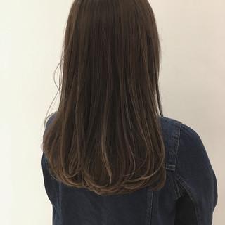 ハイライト オフィス ベージュ 透明感 ヘアスタイルや髪型の写真・画像