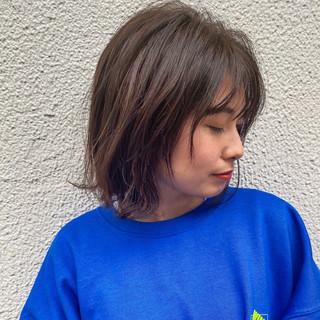 切りっぱなしボブ ミディアム 春ヘア フェミニン ヘアスタイルや髪型の写真・画像