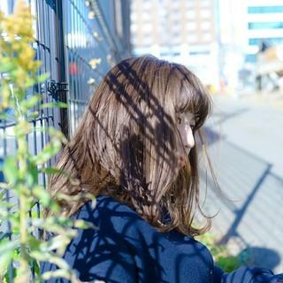 フェミニン 大人女子 ミディアム ナチュラル ヘアスタイルや髪型の写真・画像