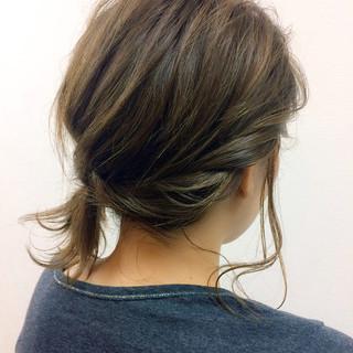 大人かわいい ミディアム ヘアアクセ ヘアアレンジ ヘアスタイルや髪型の写真・画像 ヘアスタイルや髪型の写真・画像
