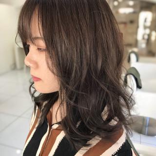 透明感カラー ウルフカット ヘアカラー ツヤ髪 ヘアスタイルや髪型の写真・画像