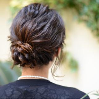 リラックス ミディアム ナチュラル 結婚式 ヘアスタイルや髪型の写真・画像